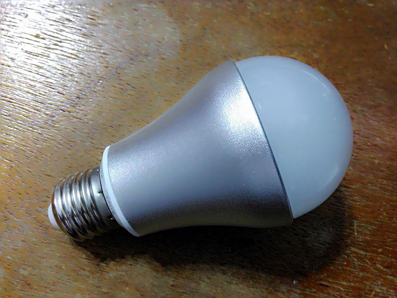 20170401_RiTEK錸德 myeco 7W LED燈泡又壞了:MTXX_20170401051946(001).jpg