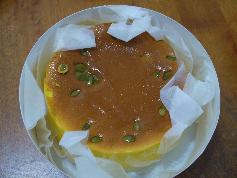 20160728_板橋_小潘蛋糕坊_南瓜乳酪蛋糕跟鳳黃酥:P1310726(001).jpg