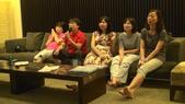 文心里周年慶活動:班長展現他的唱功.jpg