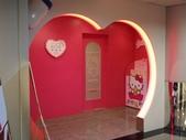 20080921~0924日本-鳥取.岡山倉敷.米子4日遊a:P9210130-長榮Hello Kitty 後機室.JPG