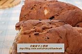 烘焙產品:紫米葡萄乾麵包1.jpg
