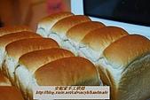 烘焙產品:芋頭五峰吐司1.jpg