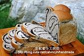烘焙產品:芝麻切片吐司3.jpg