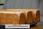 烘焙產品:鮮奶吐司3.jpg