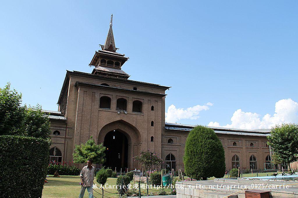 【喀什米爾Kashmir】斯里那加Srinagar‧Jamia Masjid清真寺~舊城區印度哥德風:IMG_8392.jpg
