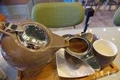 【宜蘭美食】熊來了咖啡~宜蘭酒廠旁下午茶咖啡甜點愛好者秘密基地‧虹吸式沖煮單品咖啡‧冰淇淋鬆餅‧招牌: