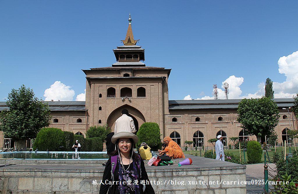 【喀什米爾Kashmir】斯里那加Srinagar‧Jamia Masjid清真寺~舊城區印度哥德風:IMG_8395.jpg