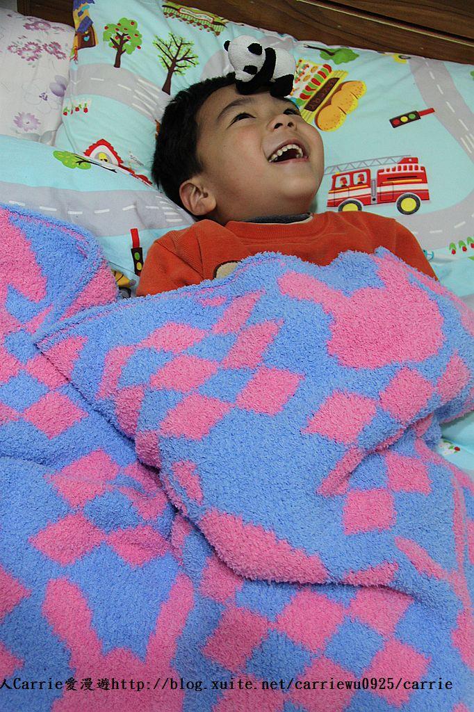 【產品】Laramei/華耀-兔寶寶暖暖毯~微笑MIT好東西,溫暖寶寶整個寒冬:01IMG_0696.jpg