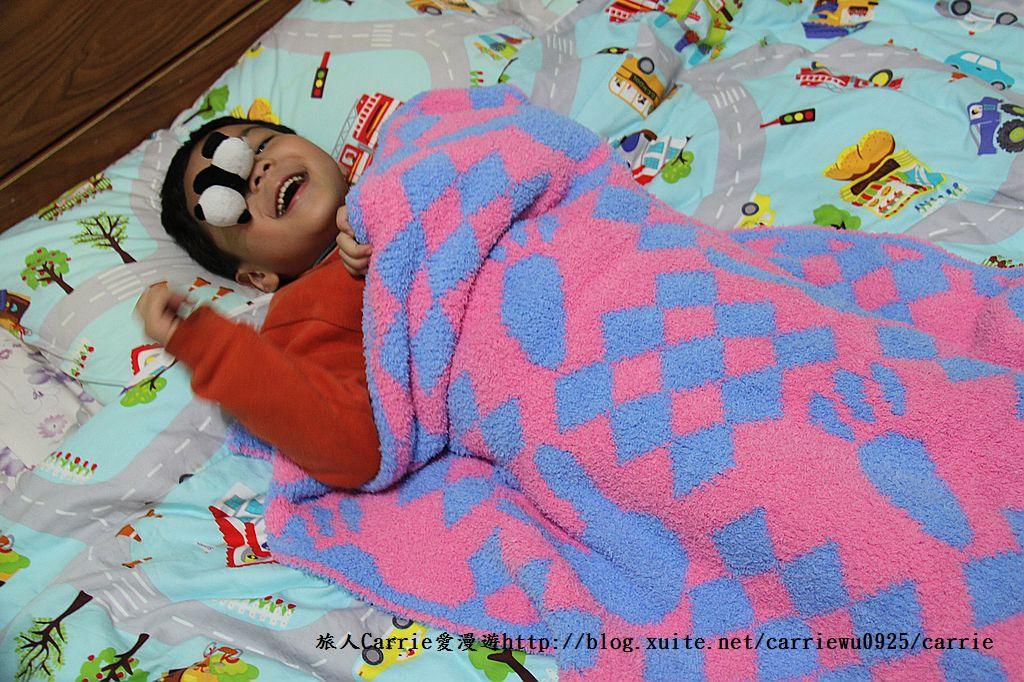 【產品】Laramei/華耀-兔寶寶暖暖毯~微笑MIT好東西,溫暖寶寶整個寒冬:IMG_0690.jpg