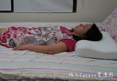 【寢具】FUISE芙依絲肩頸舒壓枕~支撐肩頸好睡眠‧值得你擁有一顆的好枕頭:IMG_8222.jpg