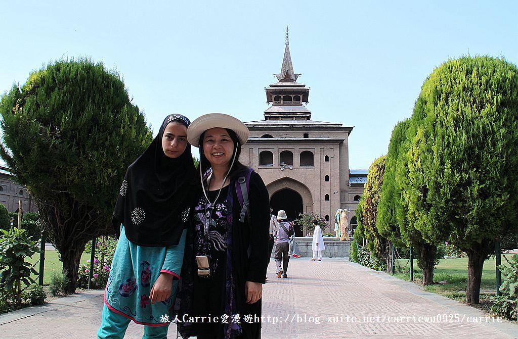 【喀什米爾Kashmir】斯里那加Srinagar‧Jamia Masjid清真寺~舊城區印度哥德風:IMG_8403.jpg
