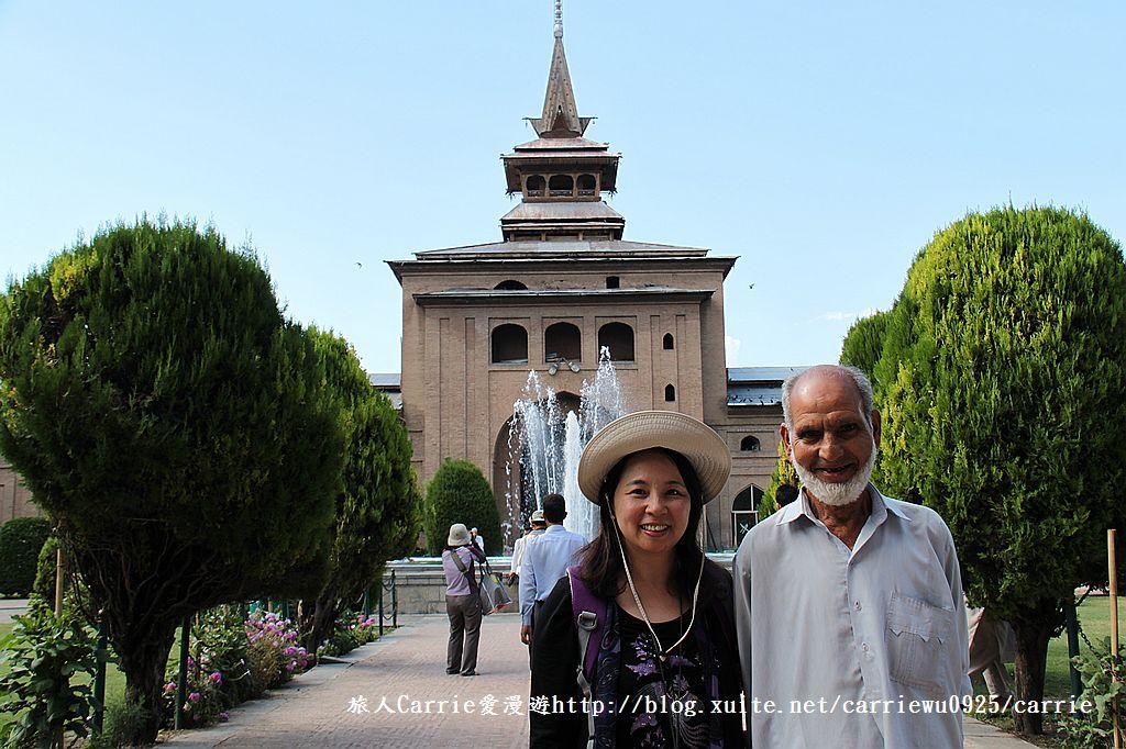 【喀什米爾Kashmir】斯里那加Srinagar‧Jamia Masjid清真寺~舊城區印度哥德風:IMG_8405.jpg