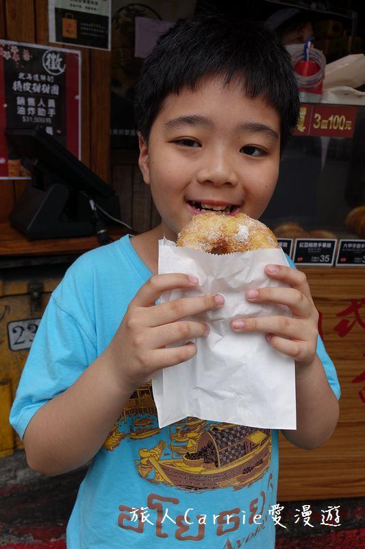 北海道脆皮甜甜圈‧多拿滋口味豐富‧排隊名店月熱銷6000顆‧吉龍糖手搖黑糖茶飲‧黑糖珍珠厚奶‧絕妙下:19DSC01584.jpg