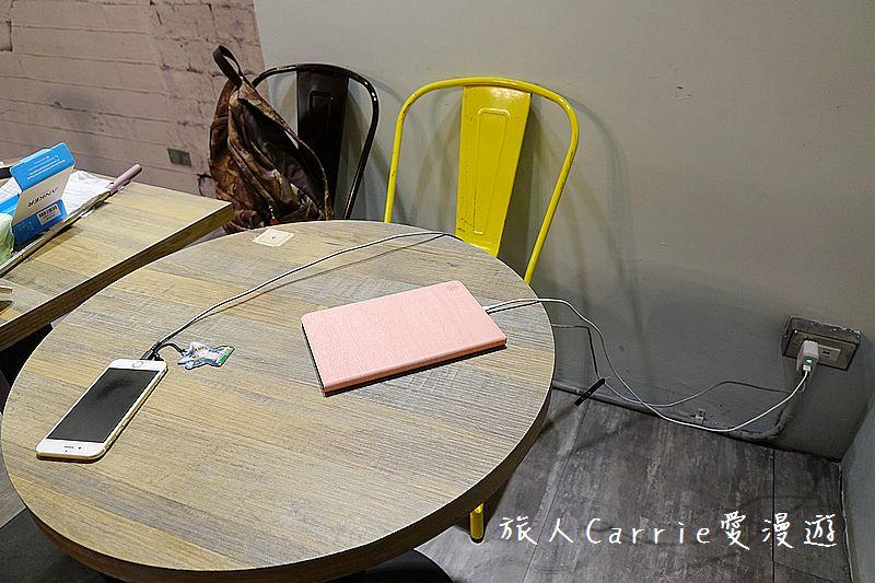 VEG OUT耍廢空間【新北蘆洲美食】隨時耍廢甩開壓力的早午餐‧當月壽星來店禮大放送‧提供免費WIF: