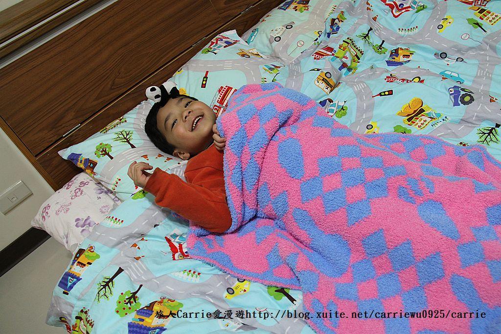 【產品】Laramei/華耀-兔寶寶暖暖毯~微笑MIT好東西,溫暖寶寶整個寒冬:IMG_0688.jpg