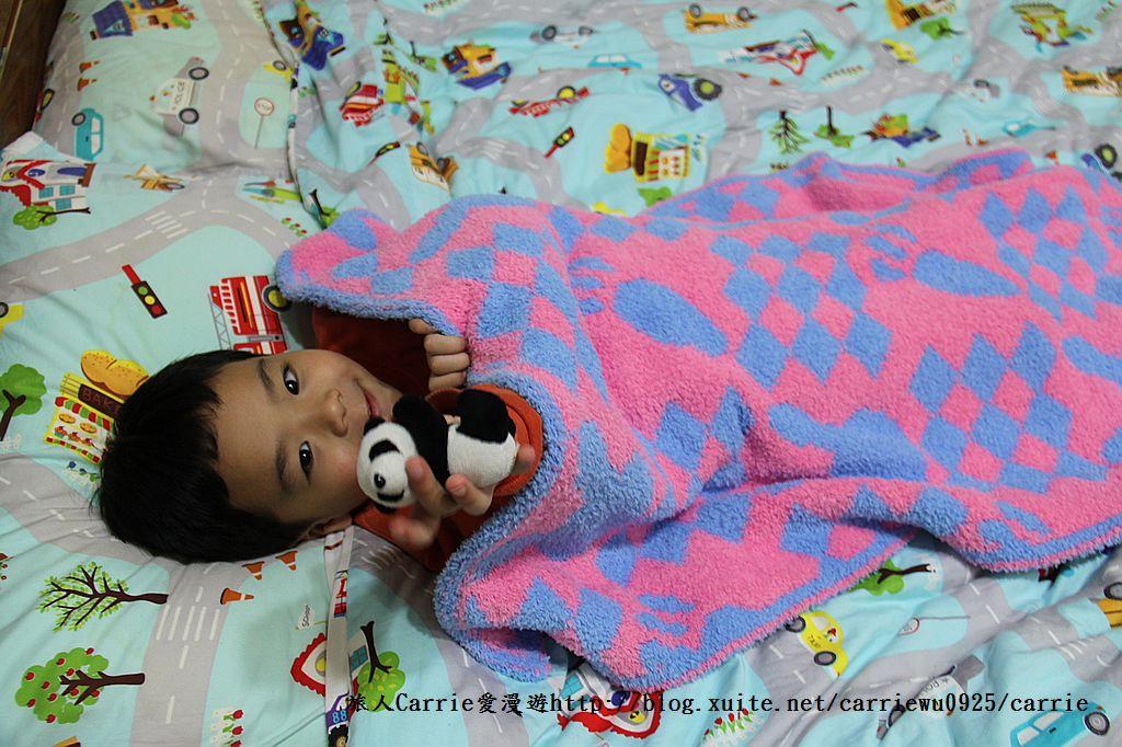 【產品】Laramei/華耀-兔寶寶暖暖毯~微笑MIT好東西,溫暖寶寶整個寒冬:IMG_0682.jpg