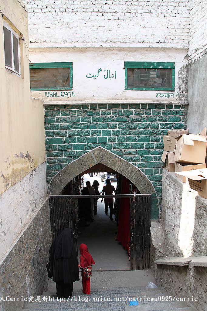 【喀什米爾Kashmir】斯里那加Srinagar‧Jamia Masjid清真寺~舊城區印度哥德風:IMG_8417.jpg