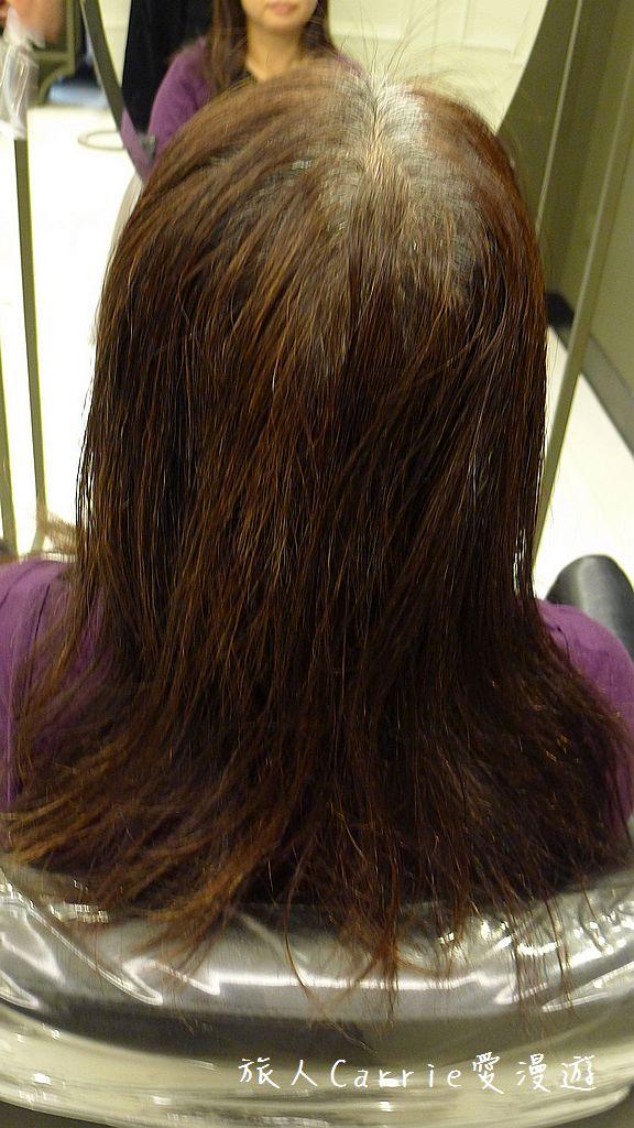 【台北大安】台北東區 M:激賞髮型~高超染護剪將白髮變身亮橘絲滑有型:P1540140.jpg