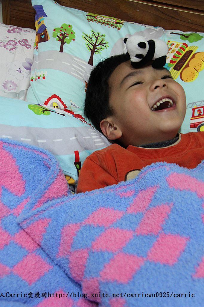 【產品】Laramei/華耀-兔寶寶暖暖毯~微笑MIT好東西,溫暖寶寶整個寒冬:IMG_0695.jpg