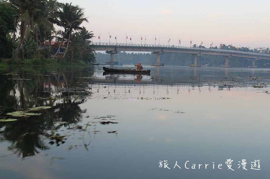 【南印喀拉拉】阿勒皮Alleppey~迴水區Backwater清晨盪小舟送明月迎朝陽:IMG_9213.jpg