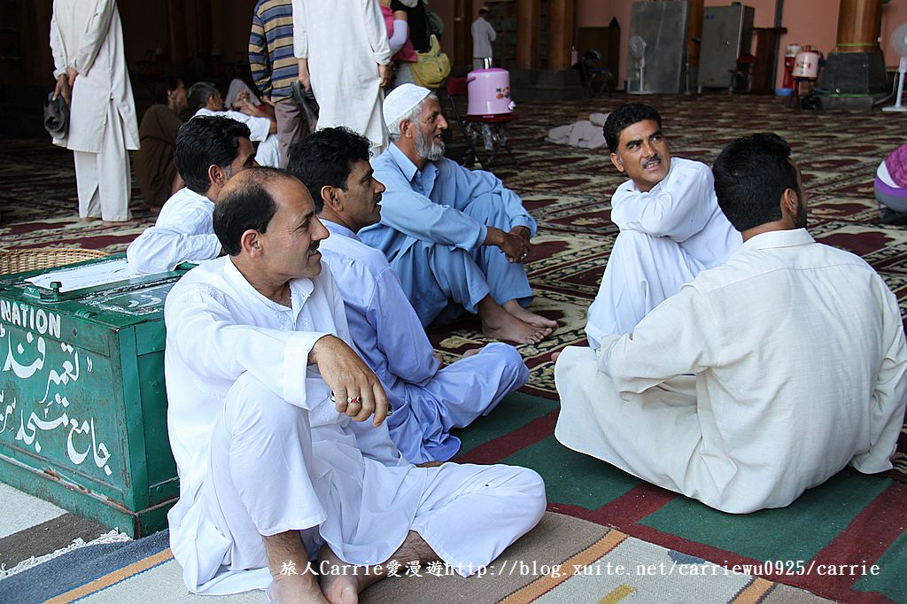 【喀什米爾Kashmir】斯里那加Srinagar‧Jamia Masjid清真寺~舊城區印度哥德風:IMG_8374.jpg