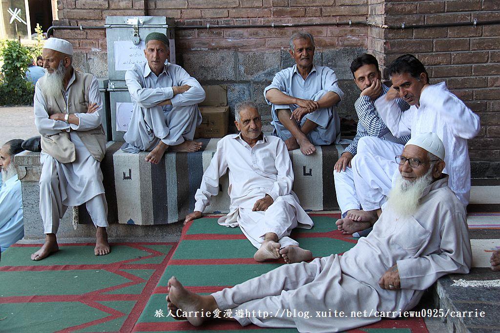 【喀什米爾Kashmir】斯里那加Srinagar‧Jamia Masjid清真寺~舊城區印度哥德風:IMG_8376.jpg