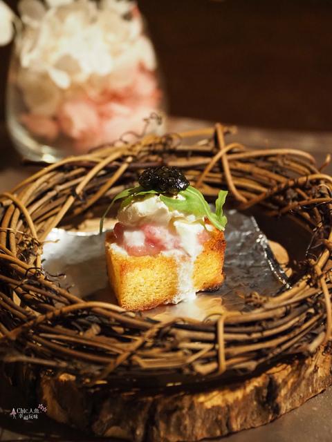 花彘醺-經典單點-3一口點-黑鮪魚佐魚子醬 (4).jpg - 台北美食。花彘醺 BISTRO (美食篇)