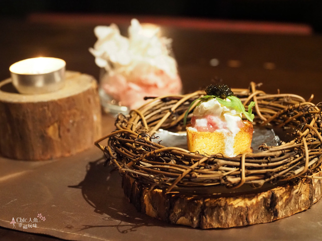 花彘醺-經典單點-3一口點-黑鮪魚佐魚子醬 (5).jpg - 台北美食。花彘醺 BISTRO (美食篇)