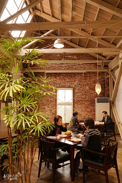 西桐生Future Quartier Latin紅磚瓦咖啡屋 (13).jpg - JR東日本上信越之旅。群馬縣上毛電氣鐵道。西桐生散策
