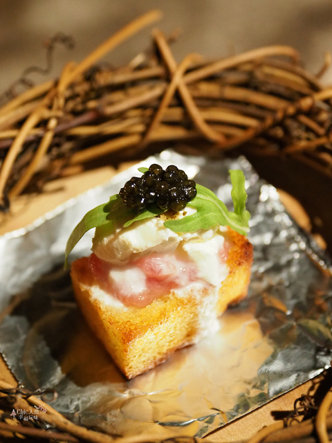 花彘醺-經典單點-3一口點-黑鮪魚佐魚子醬 (8).jpg - 台北美食。花彘醺 BISTRO (美食篇)