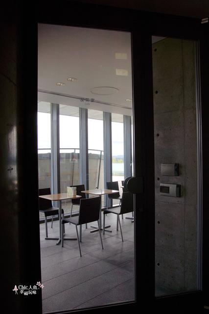 安藤忠雄-西田幾多郎記念館2F CAFE (2).JPG - 安藤忠雄光與影の建築之旅。西田幾多郎記念館