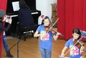 105年12月23日師生才藝表演活動:003高年級弦樂團~小提琴表演 (2).JPG