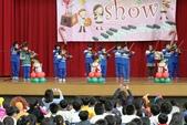 105年12月23日師生才藝表演活動:002低年級弦樂團~小提琴表演 (1).JPG