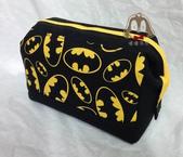 手作品:蝙蝠俠拉鍊支架口金包-1.jpeg