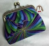 手作品:紫綠藍口金零錢包-1.jpeg