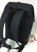 手作品:索隆拉鍊支架口金後背包-3.jpg