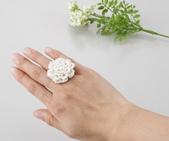 可樂牌作品:用蕾絲針編織的花戒指.jpg