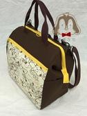 手作品:史努比(咖啡、黃)拉支架口金 手提、斜背、後背3用包.jpg