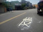 108年10月會勘:【16393】忠孝路569巷、581巷口增繪叉路標線慢字3組 完工照1.jpg