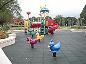 兒童設備:990712運動公園遊樂設施1 (Large).JPG
