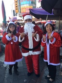 2016淑君阿姨聖誕糖果發放活動:1225 林口菜市場發糖果_161226_0010.jpg