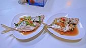 高雄小吃:沒有店名的鮪魚海產粥與海鮮小炒.:L1010947.jpg