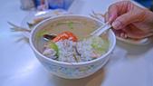 高雄小吃:沒有店名的鮪魚海產粥與海鮮小炒.:L1010948.jpg