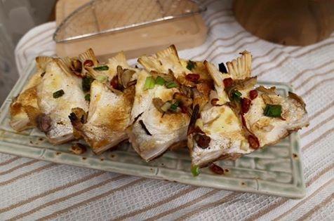鹹酥魚下巴:1459113989-1186571186.jpg
