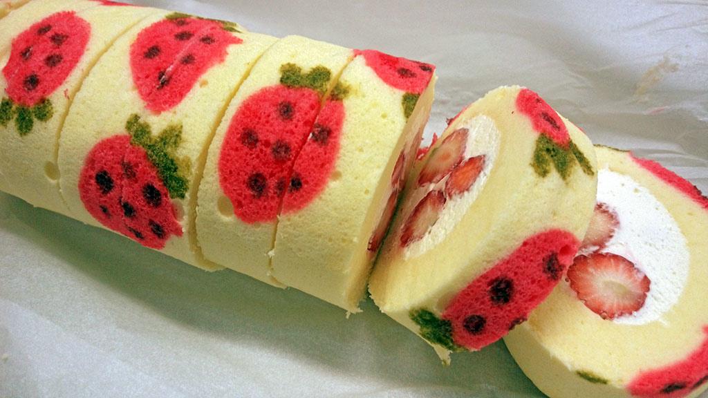 彩繪草莓蛋糕卷:1460966239-2102235353_l.jpg