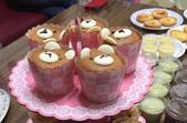 為了女兒週歲生日第一次做杯子蛋糕:04.png