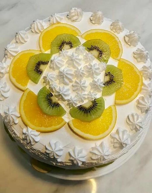21768183_1916386965354380_3291858494286327752_n.jpg - 女鵝的生日蛋糕