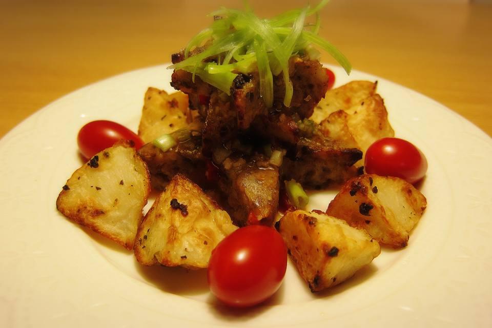 泰式秋刀魚薯餅:1459632049-3642944195_l.jpg