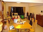 新家裝潢後暨家具入住照片:從餐廳往客廳拍攝1.jpg