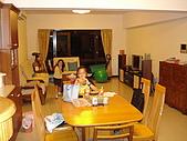 新家裝潢後暨家具入住照片:從餐廳往客廳拍攝2.jpg